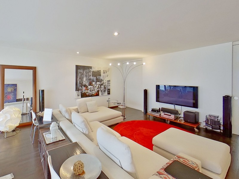 Relaxation area, TV, home cinema, office on the first floor. Double sofa bed