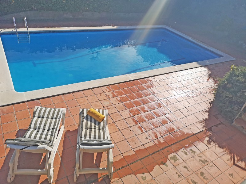 Swimming pool 48 m2, with shallow area